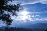 田舎の風景 青空(青強調)