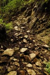 崩れた岩盤2