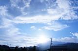 田舎 朝 太陽光(青強調)